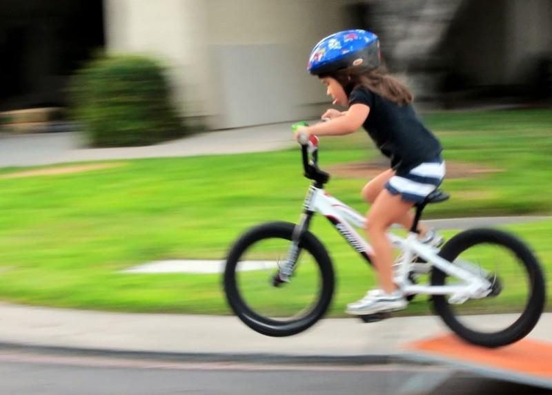 Cómo Enseñar A Un Niño A Usar La Bicicleta: Cómo Enseñarle A Los Niños A Andar En BICICLETA